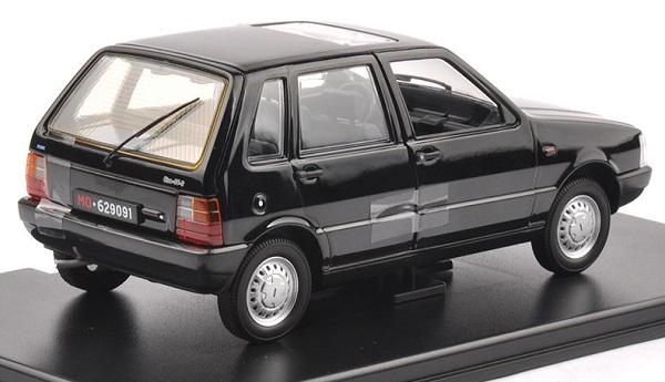 โมเดลรถเหล็ก โมเดลรถยนต์ Fiat Uno 55S black 3