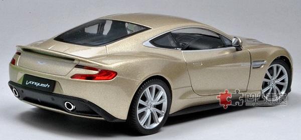 โมเดลรถเหล็ก โมเดลรถยนต์ aston martin vanquish gold 3