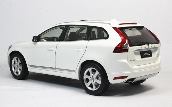โมเดลรถ โมเดลรถเหล็ก โมเดลรถยนต์ Volvo XC60 white 2