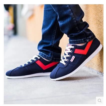 รองเท้าผ้าใบผู้ชาย*มีไซต์สั่งได้คือ 38 39 40 41 42 43