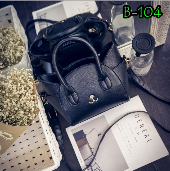 (new)สินค้าขายดี⭐⭐⭐ พร้อมส่ง แฟชั่นกระเป๋าถือ +สพายข้าง งานนำเข้าพรีเมี่ยม ขนาดกำลังดี งานน่ารักมากจ้า ข้างในมีช่องเล็กใส่ของจุกจิก สายสะพายยาว
