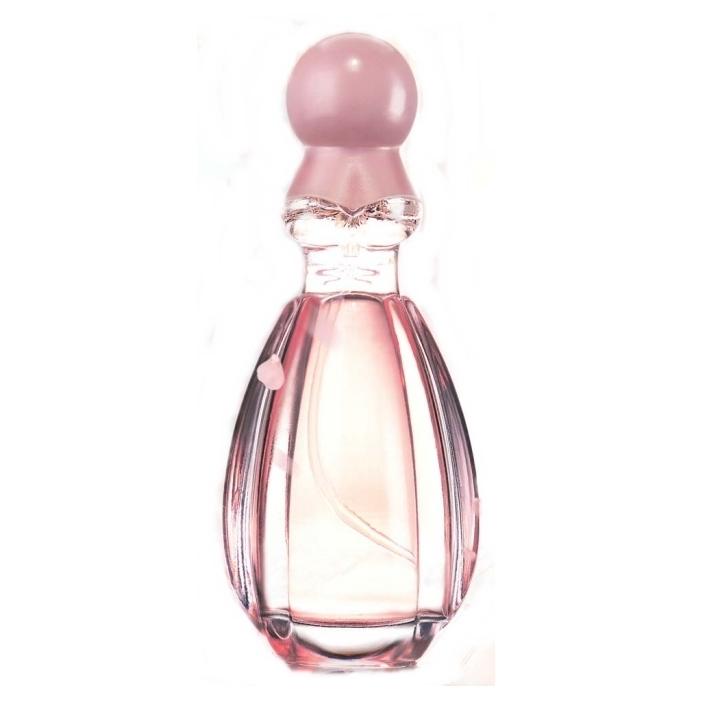 Mistine My Princess Perfume Spray น้ำหอมมิสทีน มาย พริ้นเซส เพอร์ฟูม สเปรย์ กลิ่นหอมหวานดุจดั่งเจ้าหญิงที่แสนโรเมนติก เติมความหวานที่เปี่ยมไปด้วยเสน่ห์ในตัวคุณ ด้วยกลิ่นหอมของกุหลาบ คาร์โมมายด์ ให้ความหอมสดชื่น อ่อนหวาน