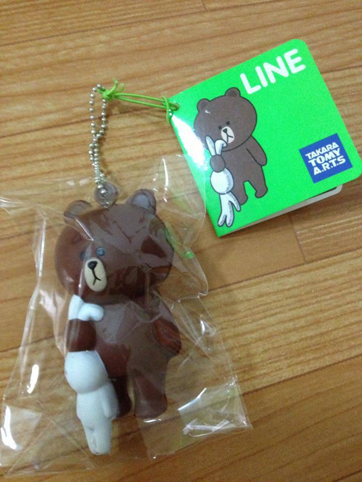 """""""พร้อมส่ง""""นำเข้าจากญี่ปุ่น 100% พวงกุญแจ,ห้อยกระเป๋า -Brownจับหูกระต่าย"""