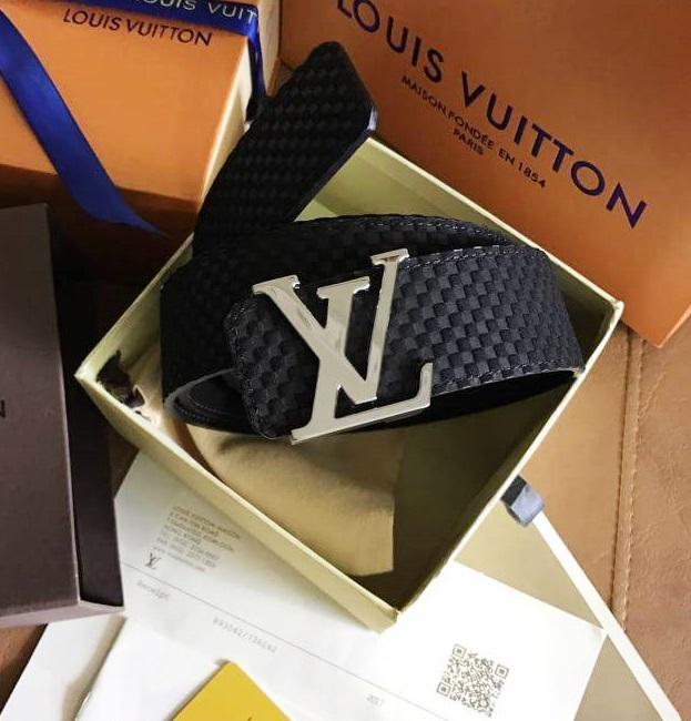 เข็มขัด Louis Vuitton ท็อปมิลเลอร์ 1:1 สายสีน้ำตาลกว้าง 1.5นิ้ว หัวสีเงิน
