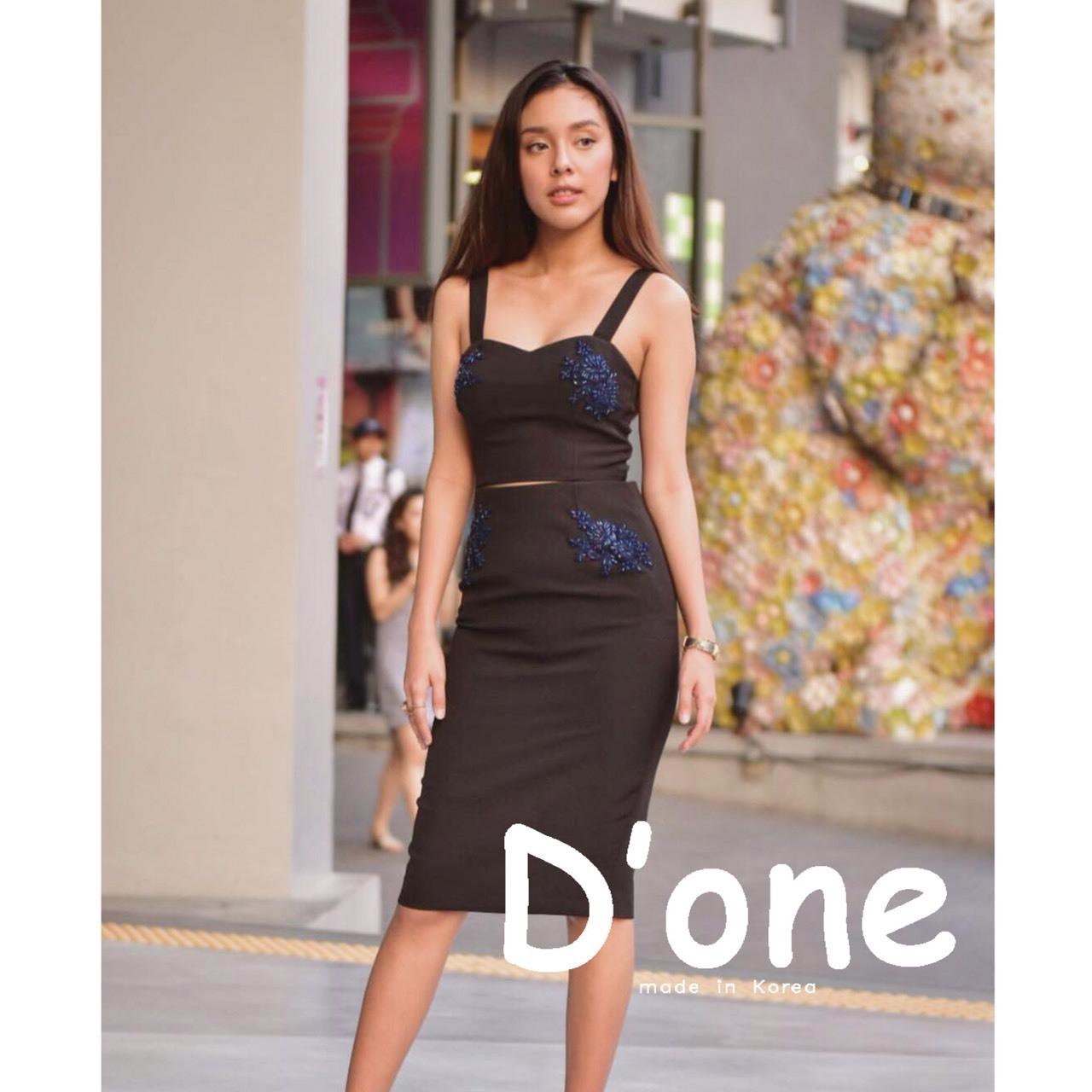เสื้อผ้าแฟชั่นเกาหลี พร้อมส่งSet นี้สวยมากกๆค่ะ และปังสุดดๆ set เสื้อครอป+กระโปรงทรงสอบ8ส่วน