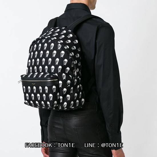 กระเป้าสะพายSaint Laurent Skull Printed Hunting Backpack