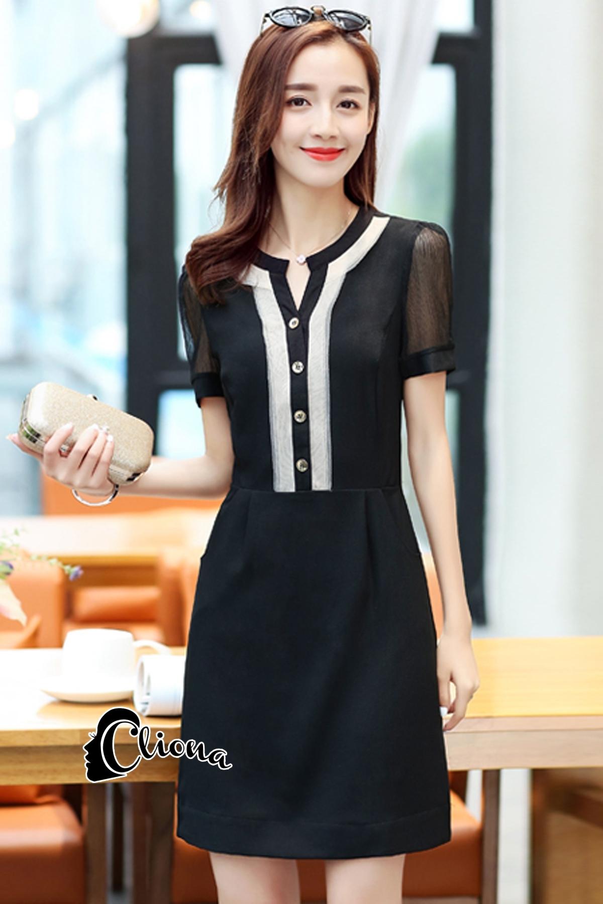ชุดเดรสเกาหลี พร้อมส่งCC Stylish Cream & Black Dress