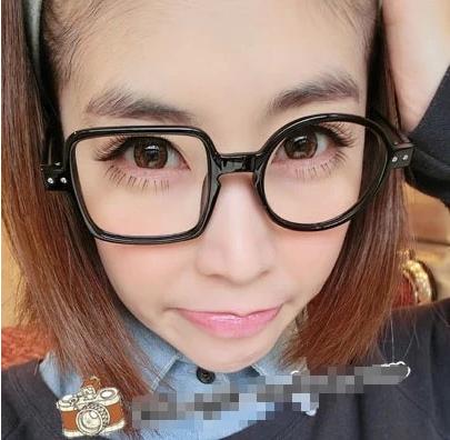 แว่นตาแฟชั่นเกาหลี กรอบสี่เหลี่ยมวงกลมสีดำมัน (ไม่มีเลนส์)