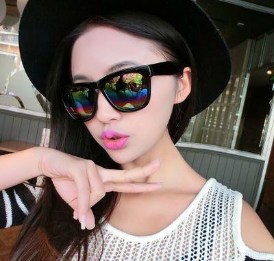 แว่นตากันแดดแฟชั่นเกาหลี กรอบดำมัน เลนส์ปรอทสีรุ้ง