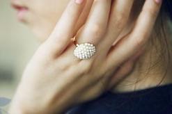 แหวนดอกไม้มุก