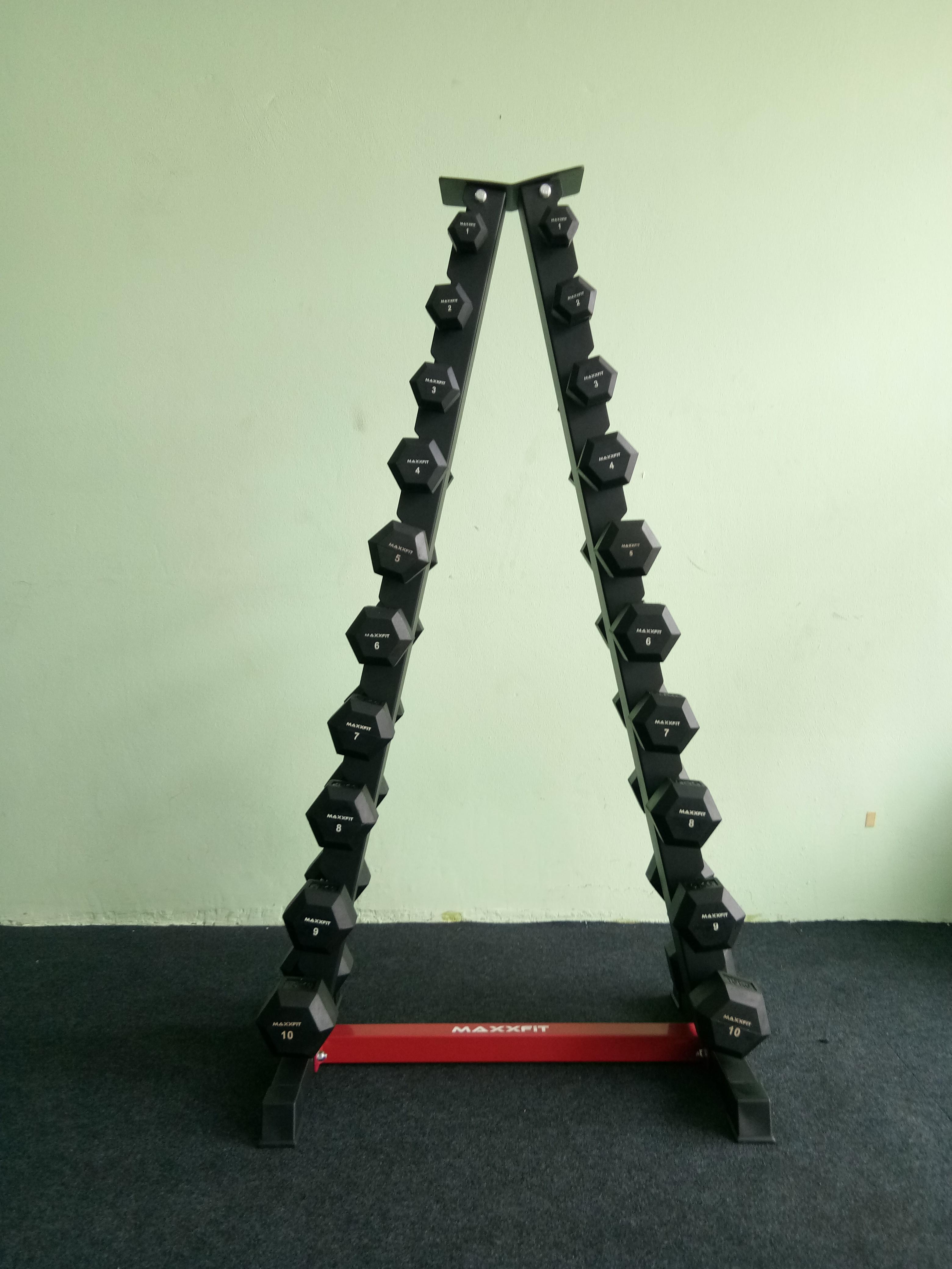 ชุดดัมเบล MAXXFiT ทรงเหลี่ยม ขนาด 1 - 10 KG. (10 คู่) พร้อมชั้นวางทรงสามเหลี่ยมสีดำ-แดง วางได้10 คู่