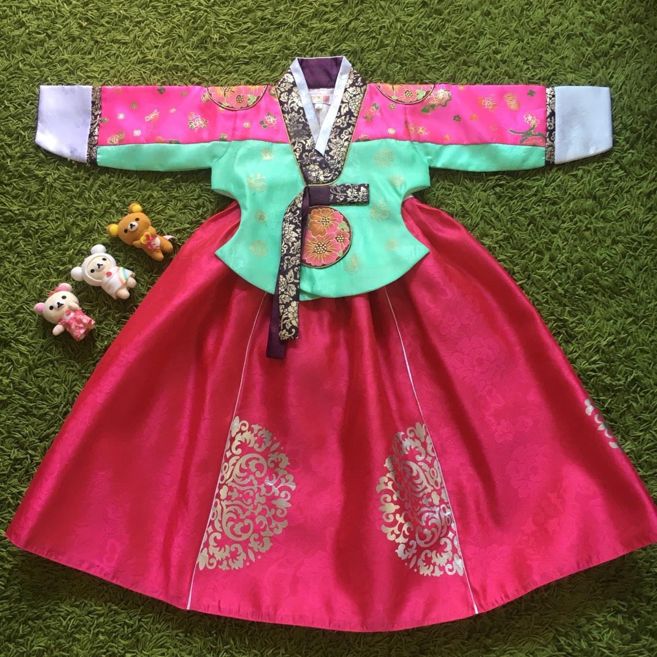 Hanbok Girl ฮันบกผ้าไหมชาววัง สำหรับเด็ก 3 ขวบ