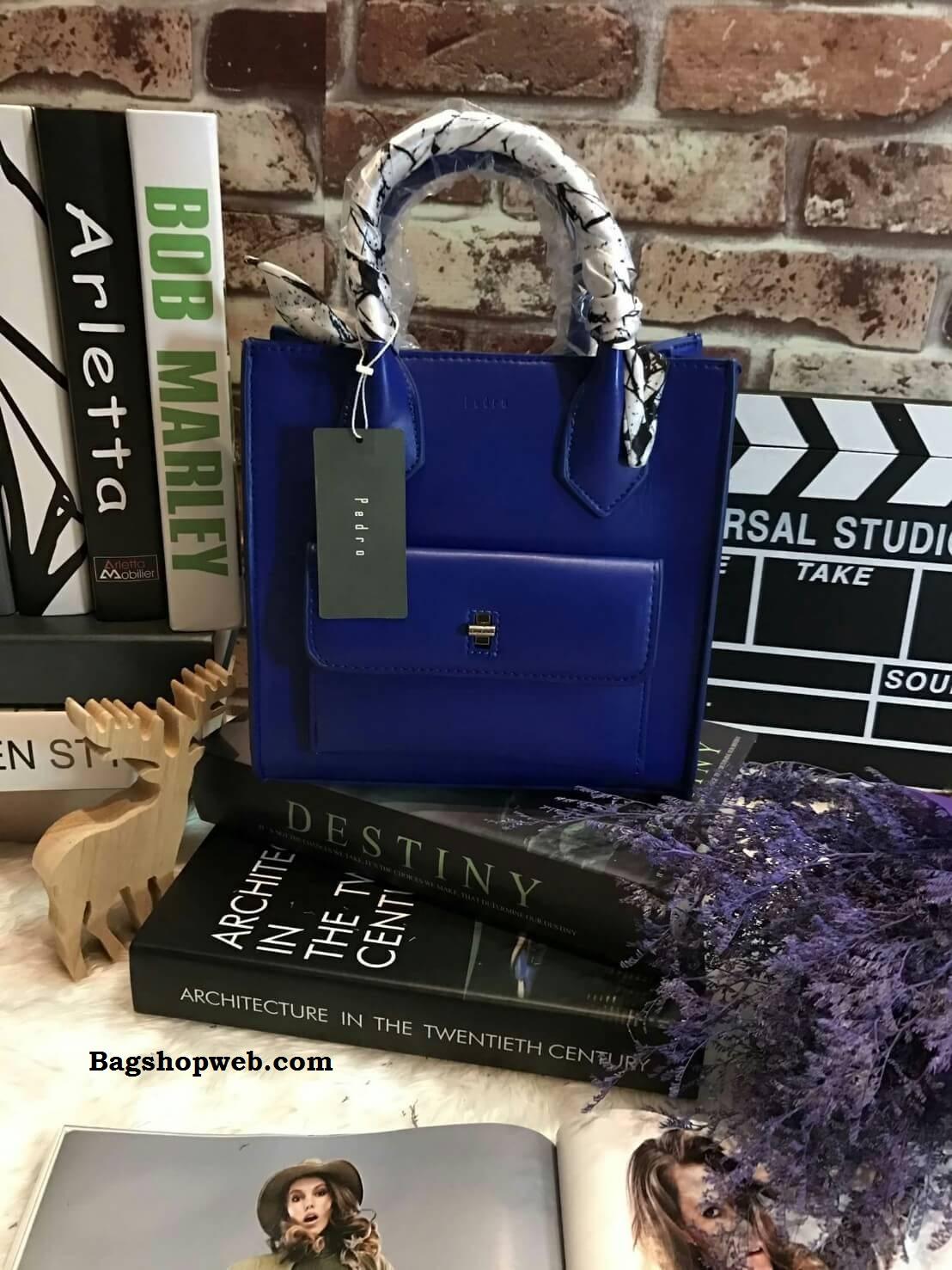 กระเป๋า PEDRO Mini Contrust Flap สีน้ำเงิน ราคา 1,390 บาท Free Ems