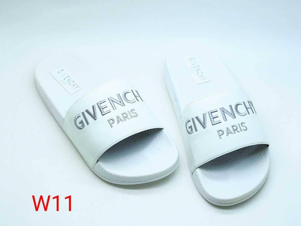 รองเท้าแตะแฟชั่น แบบสวม ลายจีวองชีสวยเรียบเก๋ วัสดุยางอย่างดีนิ่ม ใส่เดินสบาย แมทสวยได้ทุกชุด (FT-552)