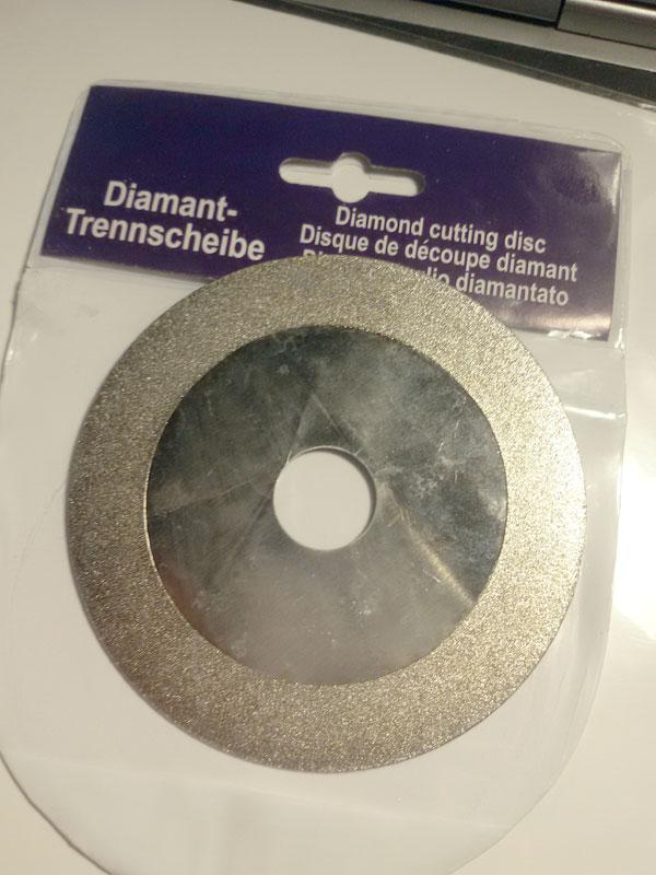 DG03 ใบเจียร/ตัด เพชรแบบแบน ขนาด 4 นิว้ ใส่กับลูกหมู หรือหินเจียรได้เลย