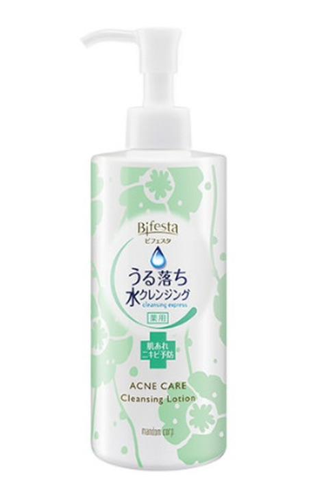 Bifesta Clensing Lotion Acne Care สูตรสำหรับผิวเป็นสิว 300 มล.
