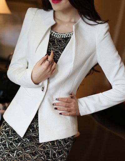 เสื้อสูทผู้หญิงสีขาวใส่ทำงานเข้ารูป สไตล์เรียบหรู มี 5 ไซส์ S/M/L/XL/2XLรหัส 1810