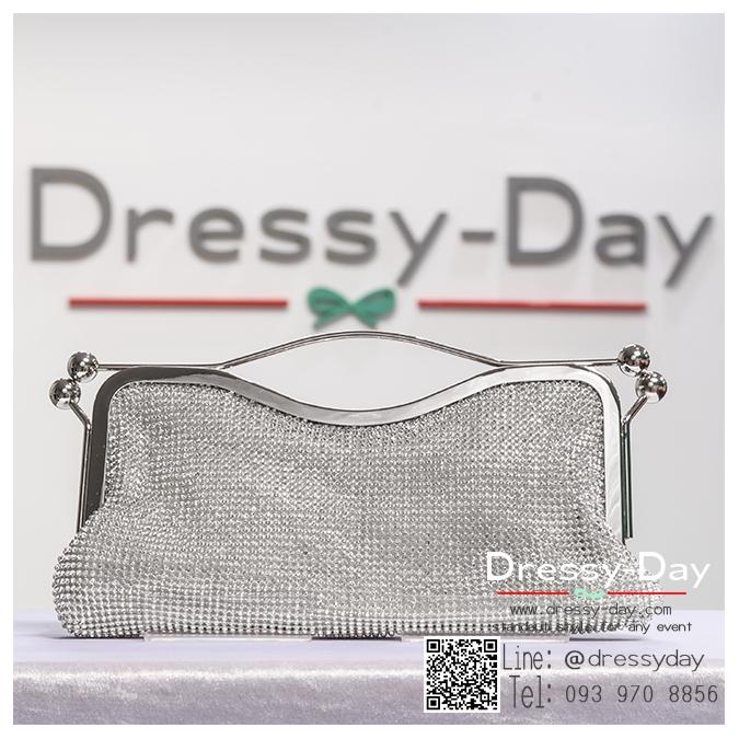 กระเป๋าออกงาน TE005: กระเป๋าออกงานพร้อมส่ง สีเงิน มีที่จับ สวยหรูมากค่ะ ราคาถูกกว่าห้าง ถือออกงาน หรือ สะพายออกงาน น่ารักที่สุด