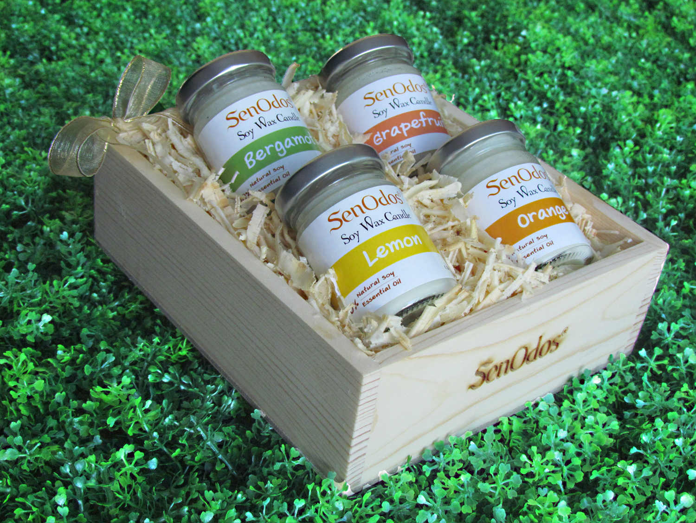 SenOdos ชุดของขวัญ ชุดกิ๊ฟเซ็ท เทียนหอมอโรม่า ชุดกลิ่นผลไม้ Fruity Delight Set - Soy Candles 45g x4กลิ่น (กลิ่นเลมอน, กลิ่นส้ม, กลิ่นมะกรูด, กลิ่นเกรปฟรุต) บรรจุในกล่องไม้สน รูปทรงเหลี่ยม สวยงาม คุณภาพดี นำเข้าจากนิวซีแลนด์