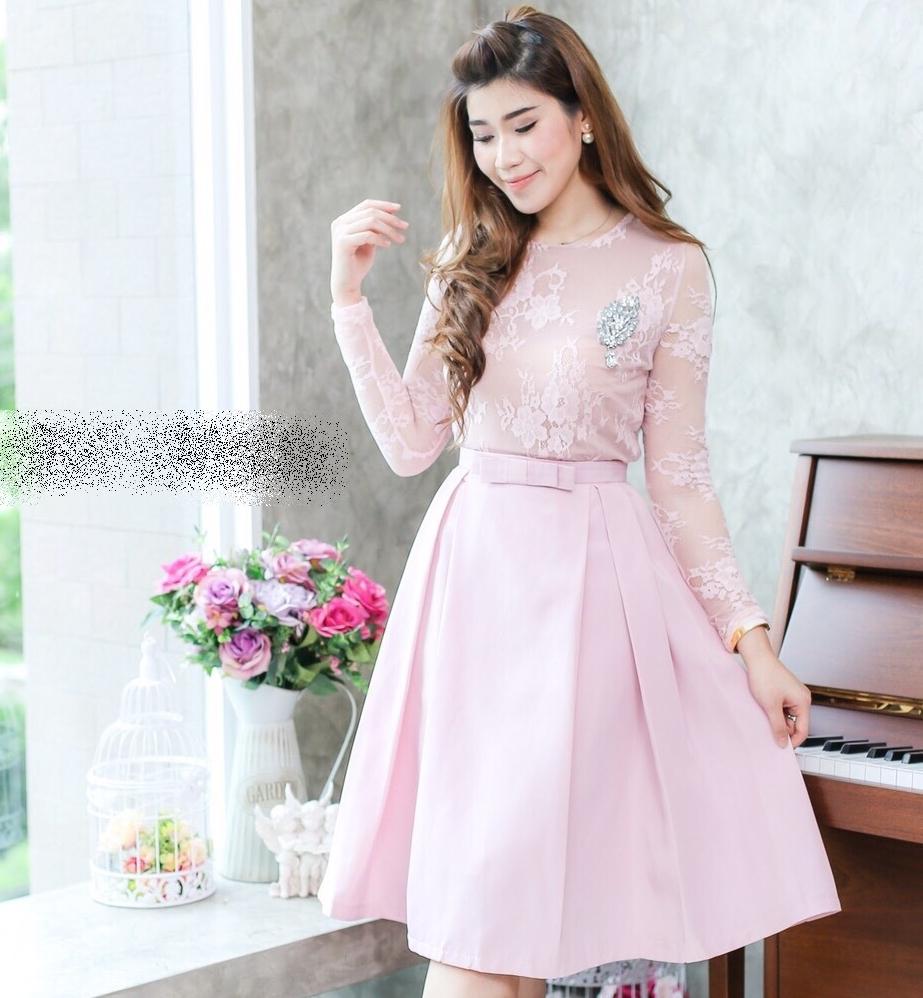 ชุดไปงานแต่งงาน ชุดออกงานสีชมพู ชุดเซ็ทเข้าชุด เสื้อลูกไม้แขนยาว + กระโปรงผ้าไหมอิตาลี