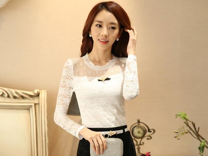 เสื้อลูกไม้สีขาวใส่ทำงานสวยหรู แขนยาว เข้ารูป พร้อมเข็มกลัดน่ารักๆ M L XL