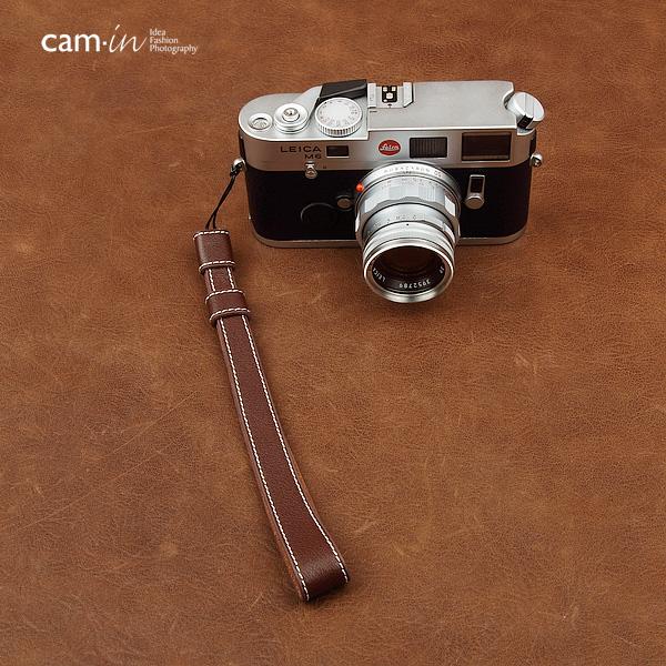 สายคล้องข้อมือกล้อง Camera Wrist Strap กล้อง Mirrorless / Leica รุ่น Classic สีน้ำตาลแดงด้ายขาว