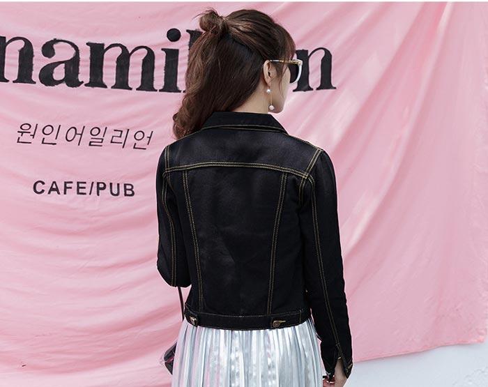 เสื้อยีนส์ผู้หญิง แจ็คเก็ตยีนส์ เสื้อคลุมยีนส์ สีดำ แขนยาว คอปก แฟชั่นเกาหลี