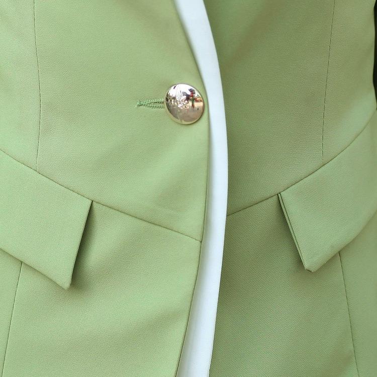 เสื้อสูทแฟชั่น เสื้อสูทผู้หญิง สีเขียว แขนยาว แต่งแขนพับสีขาว