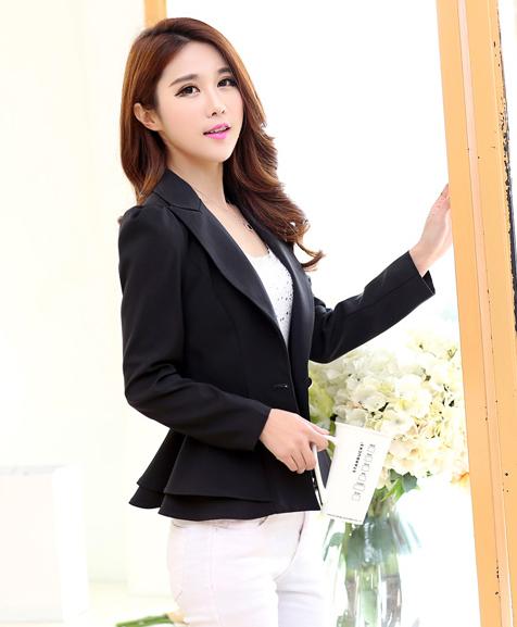 เสื้อสูทแฟชั่น เสื้อสูทผู้หญิง สีดำ แขนยาว แต่งระบายชายเสื้อ 2 ชั้น