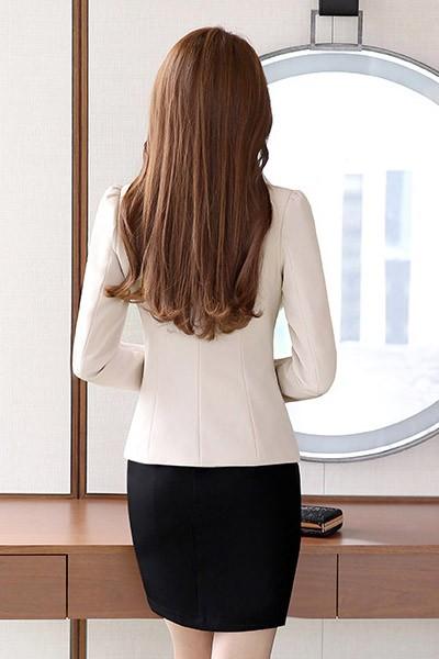 เสื้อสูทแฟชั่น เสื้อสูทผู้หญิง แขนยาว สีครีม คอวี แต่งขลิบสีดำ