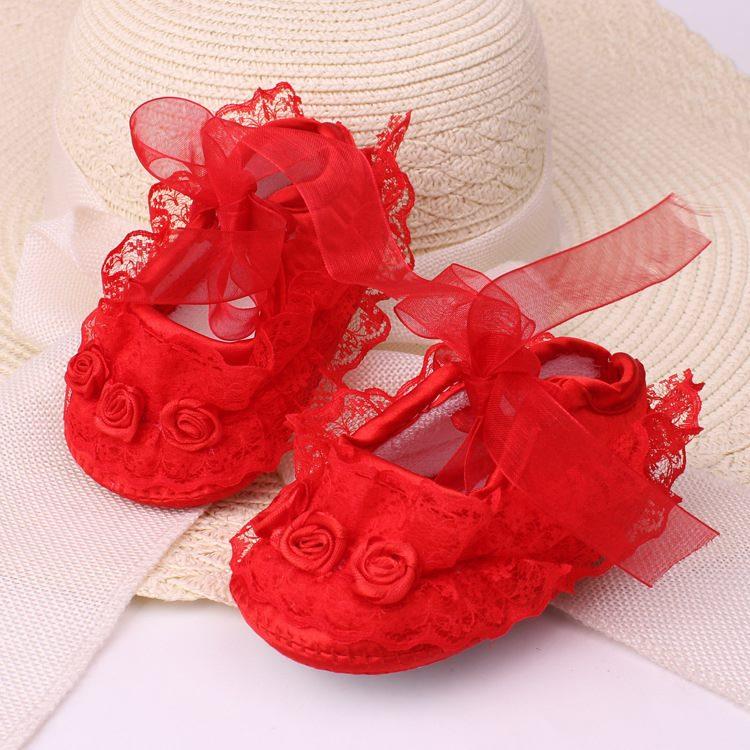รองเท้าลูกไม้ สไตล์เจ้าหญิง (สีแดง)