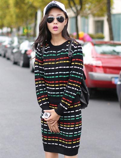 ชุดเดรสสั้นน่ารักๆแฟชั่นเกาหลี เซ็ท 2 ชิ้น ปักลายขวางด้วยหลากสีสดใส เสื้อแขนยาว คอกลม คู่กับ กระโปรงสั้นเข้ารูป ยืดตามตัว เอวยางยืด
