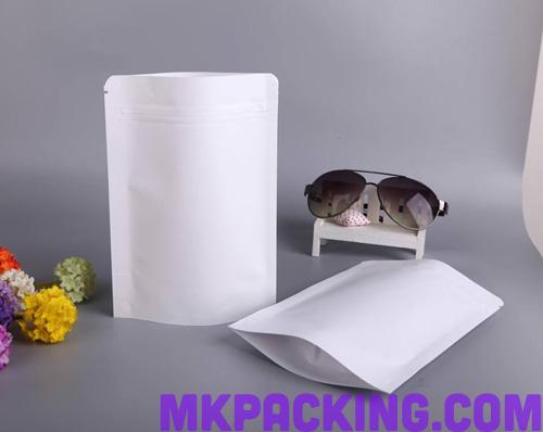 ถุงกระดาษสีขาวเคลือบด้าน ทึบ ซิปล็อค ตั้งได้ ขนาด 18x26+4cm