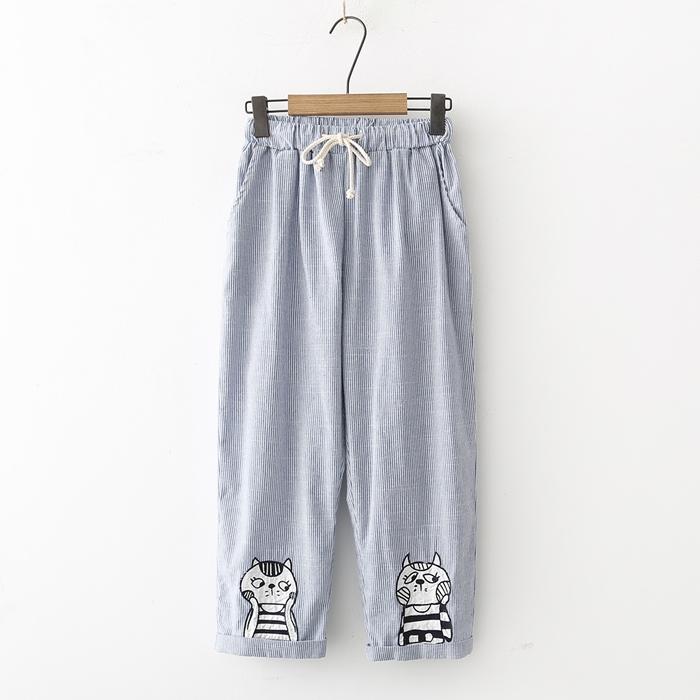 กางเกงขายาวเอวยืด ปักแต่งลาย (มีให้เลือก 2 สี 2 ไซส์)