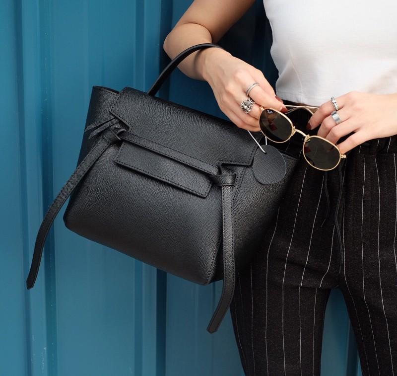 พร้อมส่ง กระเป๋าสะพายข้างผู้หญิง Belt Bag leather (S) [สีดำ]