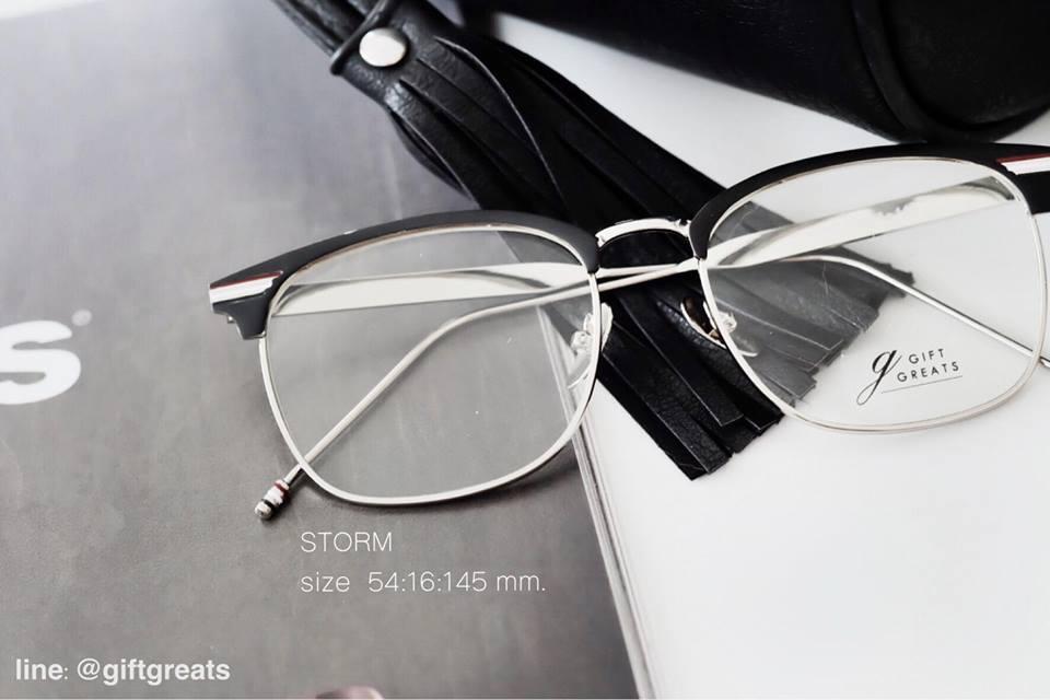stom - แว่นตา