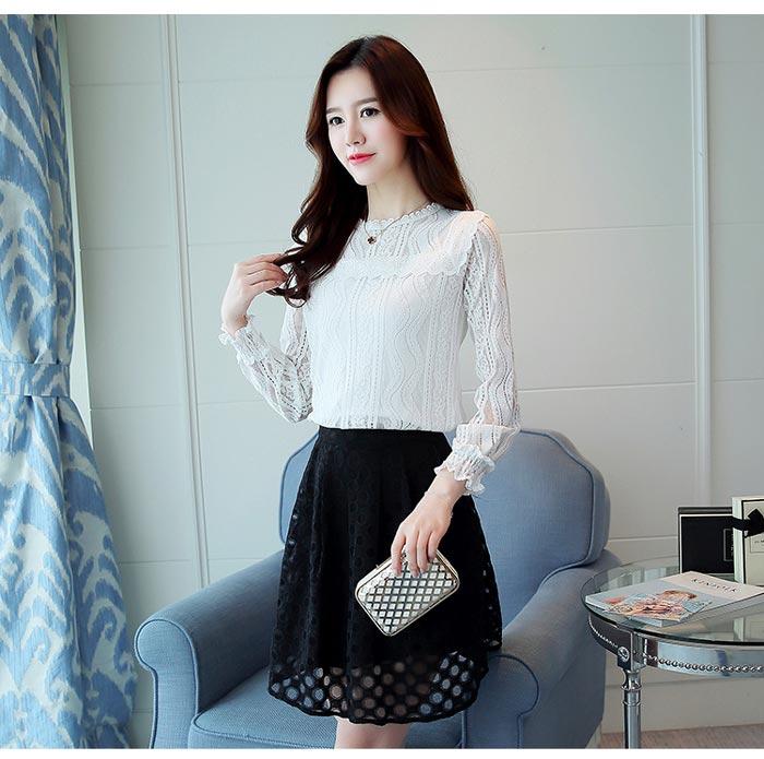 เสื้อลูกไม้สวยๆ แฟชั่นเกาหลี สีขาว แขนยาว เสื้อลายลูกไม้แบบทันสมัย