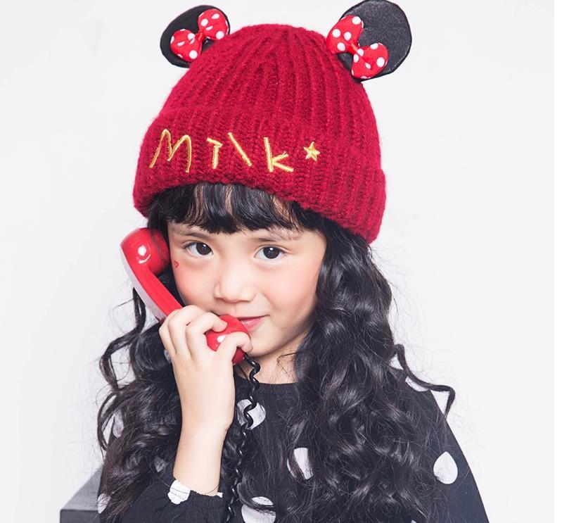 หมวก สีแดง แพ็ค 5ใบ ไซส์รอบศรีษะ ยาว 19 กว้าง 18 ซม