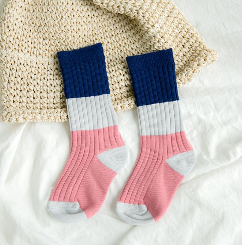 ถุงเท้ายาว แบบที่6 แพ็ค 12คู่ ไซส์ S (ประมาณ 1-3 ปี)