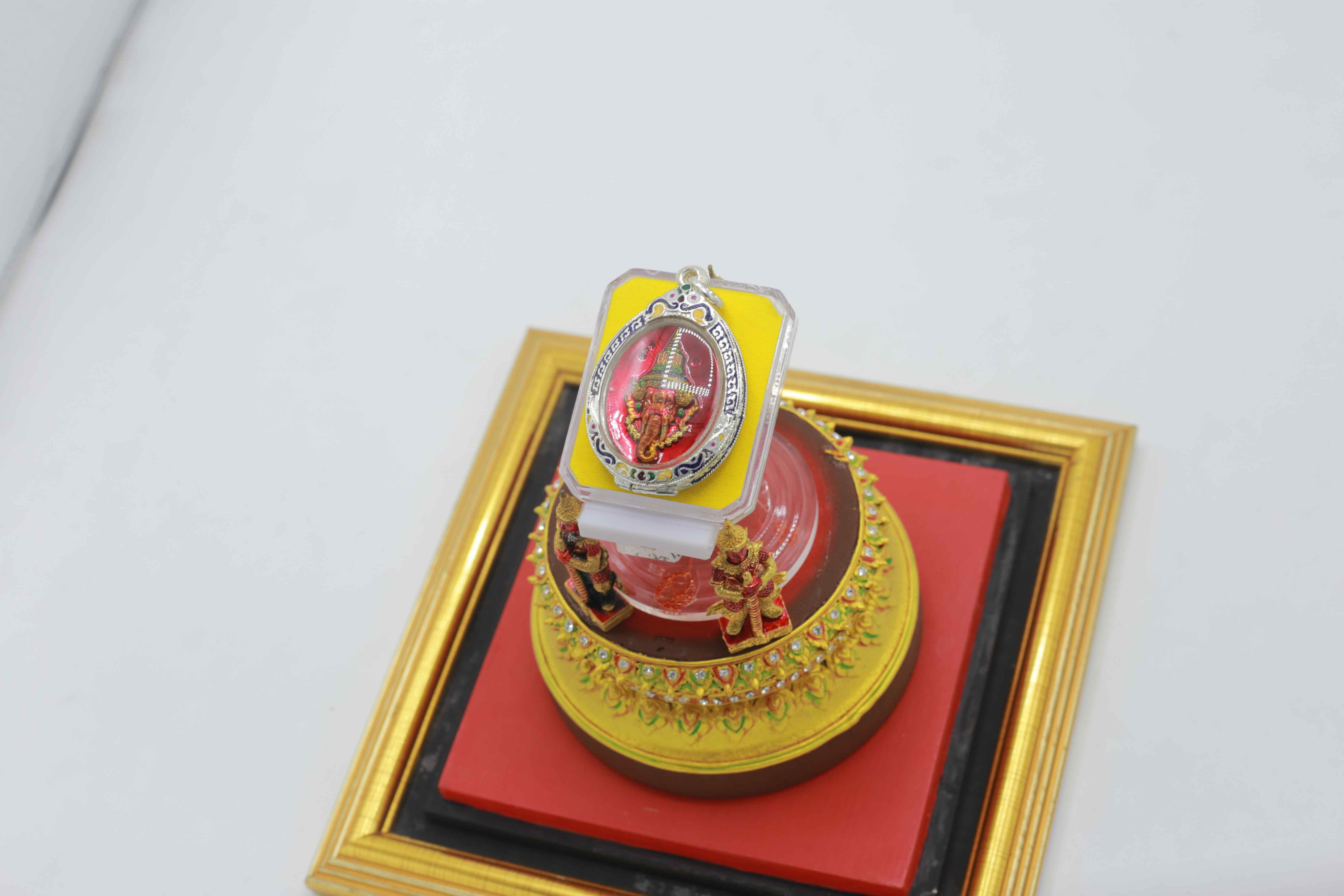 D00061 ผลงานศิลป์ การลงรักปิดทอง ลงยาราชาวดี เพนท์สีวัตถุมงคลเครื่องรางไทย