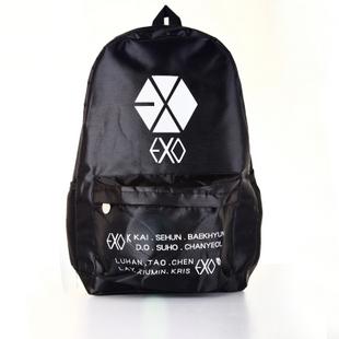 กระเป๋าสะพายหลังสีดำ EXO