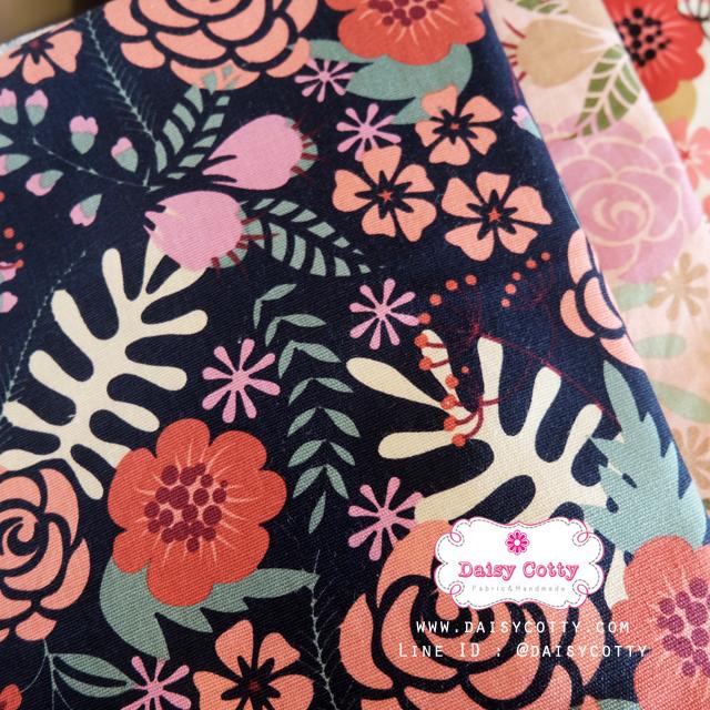 ผ้าคอตตอนลินิน 100% 1/4 เมตร(50x55cm.) โทนสีกรมท่า ลายblossom