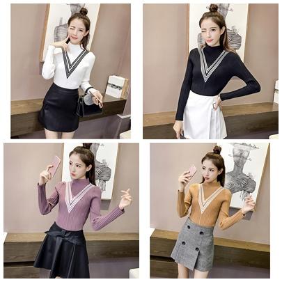 เสื้อแฟชั่นเกาหลีสวยๆ คอเต่าผ้านิ่ม คาดลายเหมือนคอวี ทั้ง 2 ด้าน ดูเก๋จริงๆ