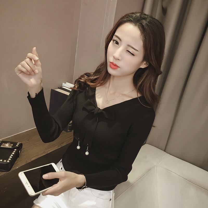 เสื้อแฟชั่นเกาหลี คอวีผูกโบว์ สีดำ
