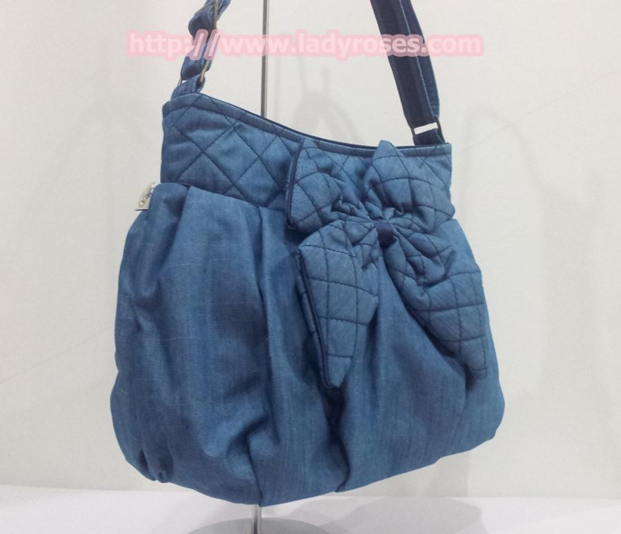 กระเป๋าสะพาย นารายา ผ้าเดนิม สียีนส์ ประดับโบว์ด้านหน้า (กระเป๋านารายา กระเป๋าผ้า NaRaYa กระเป๋าแฟชั่น)