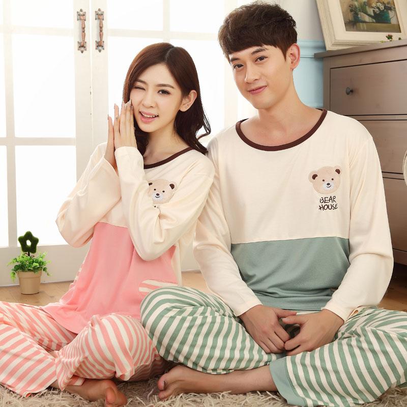 Pre Order ชุดนอนคู่รักเกาหลี เสื้อแขนยาวคอกลม พิมพ์ลายน้องหมี+กางเกงขายาวลายขวาง