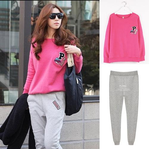 ++สินค้าพร้อมส่งค่ะ++ชุดเซ็ทเกาหลี สไตล์ Sport set เสื้อคอกลม แขนยาว แต่งตักปักที่กระเป๋าอก+กางเกงขายาวเอวจั้มแบบยางยืด – สี Red Rose