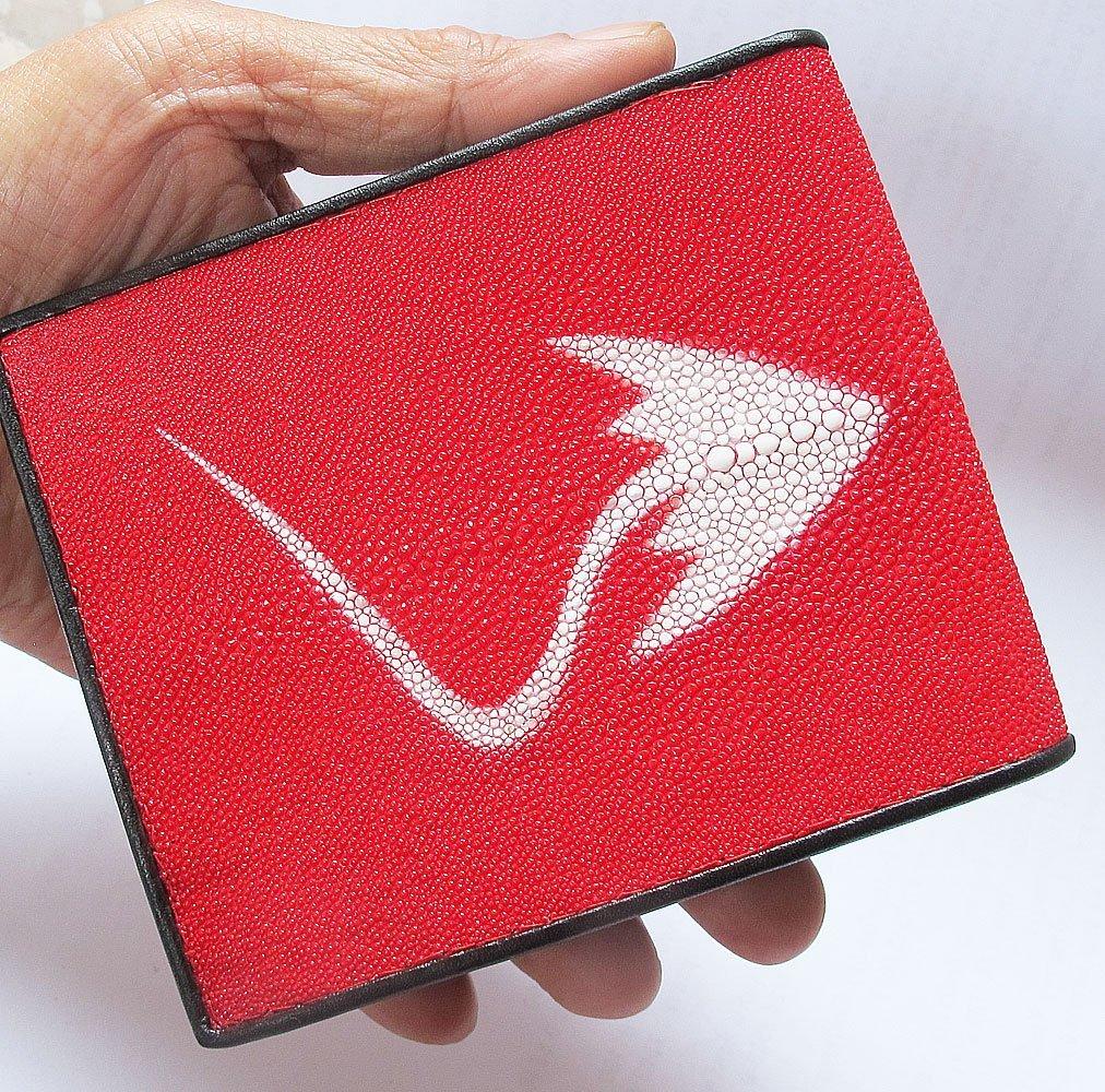 กระเป๋าสตางค์ หนังปลากระเบนแท้ สีแดงสดสะดุดตา Hot Red
