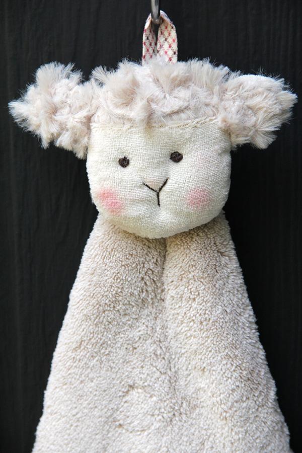 Dolly Hand Towel (Sheep)