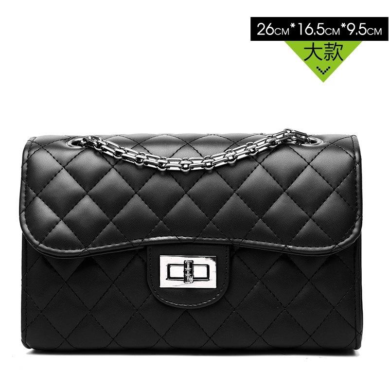 Pre-order กระเป๋าผู้หญิงสะพายข้าง ทรงกล่องสายสะพายโซ่ เย็บตาราง สไตล์ Chanel แฟชั่นเกาหลี รหัส Yi-8008-26 สีดำ